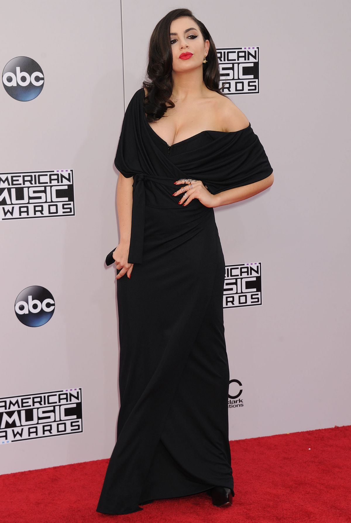 CHARLIE XCX at 2014 American Music Awards in Los Angeles