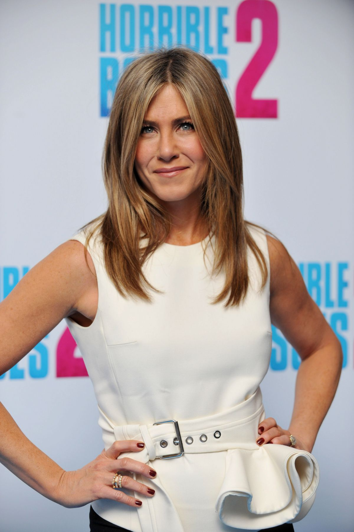 JENNIFER ANISTON at Horrible Bosses 2 Photocall in London