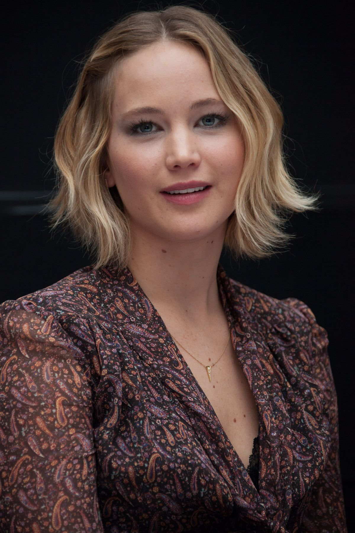 JENNIFER LAWRENCE – The Hunger Games: Mockingjay Part 1 ... Jennifer Lawrence