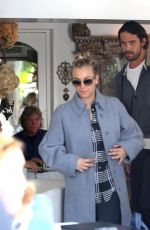 KALEY CUOCO and Ryan Sweeting Llunch at Villa Blanca in Beverly Hills
