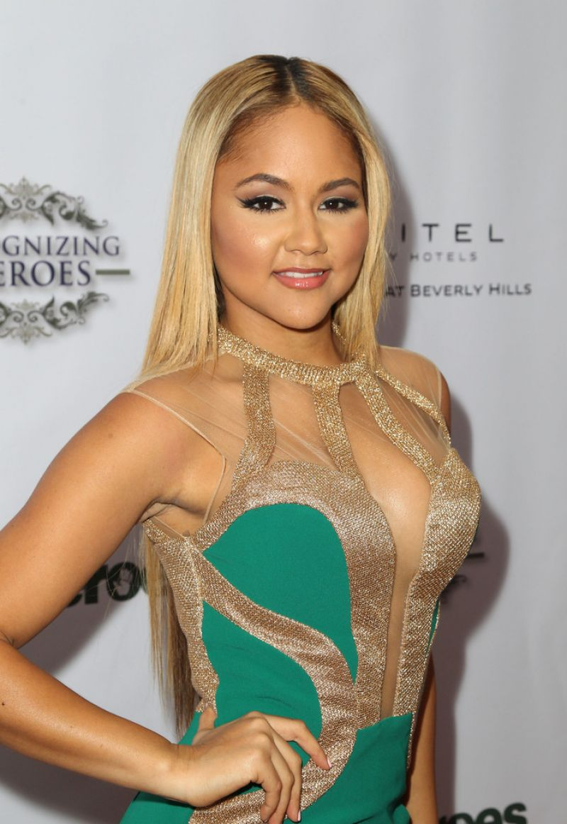 KAT DELUNA at Unlikely Heroes Awards Gala in Los Angeles