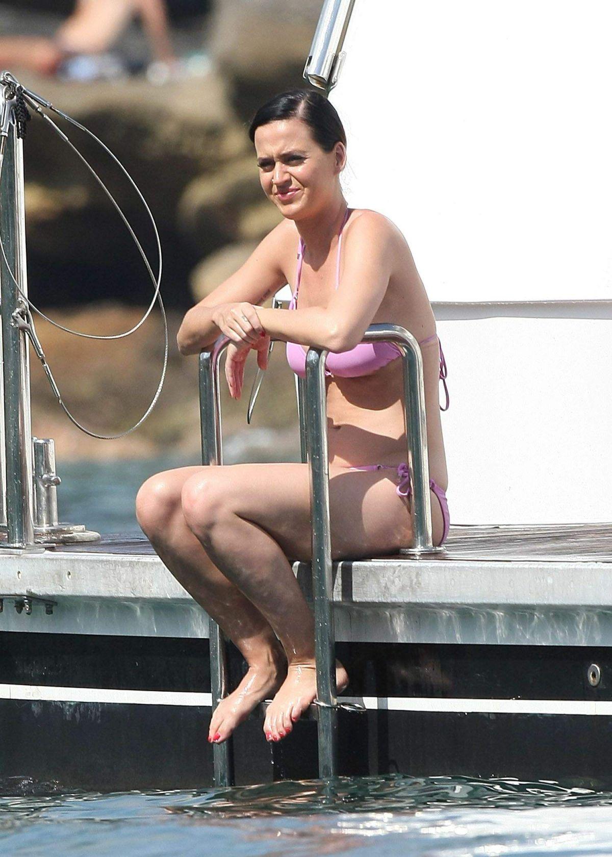 Katy Perry Bikini 68