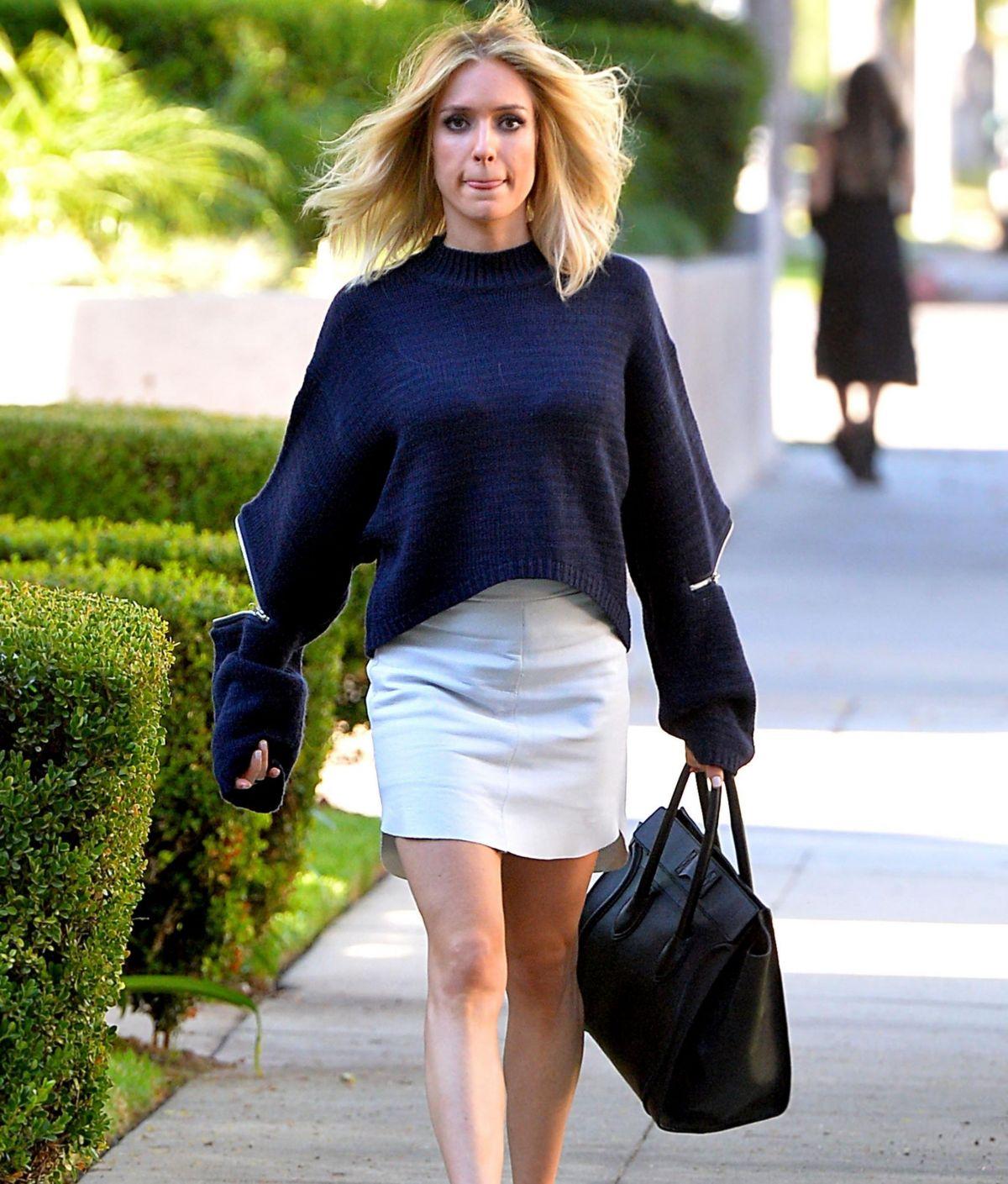 Kristin cavallari in short skirt leaves a hair salon in beverly kristin cavallari in short skirt leaves a hair salon in beverly hills winobraniefo Images