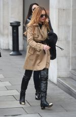 LINDSAY LOHAN Out and About in London 3010