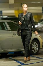 MARIA SHARAPOVA Arrives at Ucla Medical Building in Los Angeles