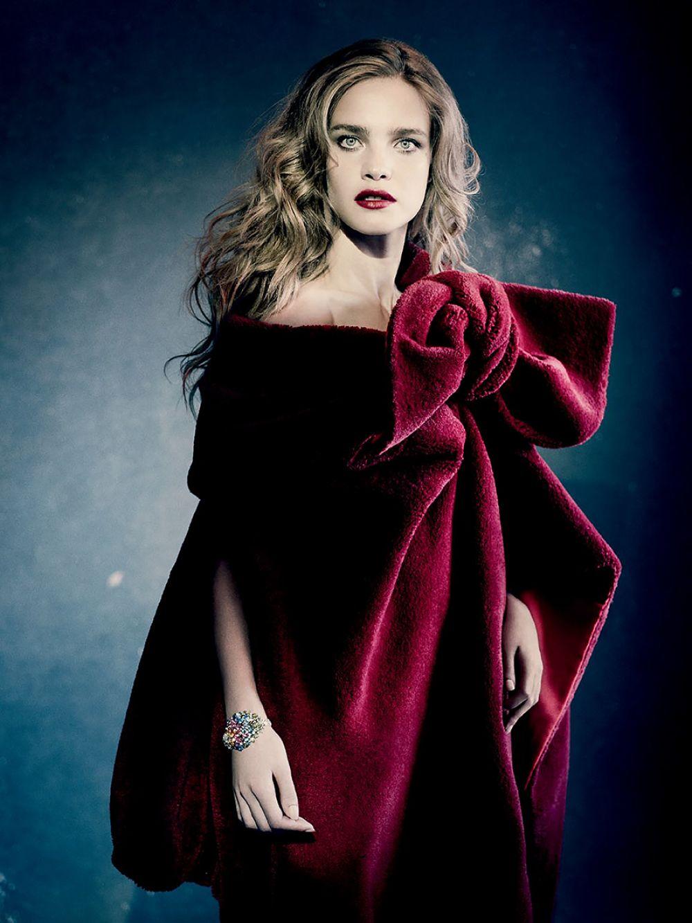 NATALIA VODIANOVA - Paolo Roversi Photoshoot for Vogue Magazine, Russia December 2014 Issue