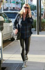 NICKY HILTON Out and About in Beverly Hills 1211