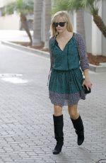 REESE WITHERSPOON Out in Beverly Hills 0411