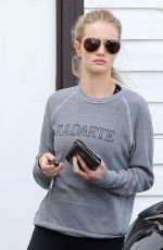 ROSIE HUNTINGTON-WHITELEY in Tights at a Gym in West Hollywood 1011