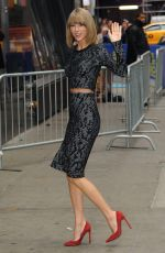 TAYLOR SWIFT Arrives at Good Morning America in New York 1111
