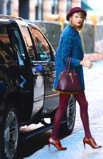 TAYLOR SWIFT Arrives at Her Apartment in New York 1011