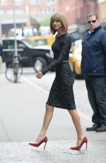 TAYLOR SWIFT Out and About in New York 1111