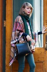 TAYLOR SWIFT Out and About in New York 1411