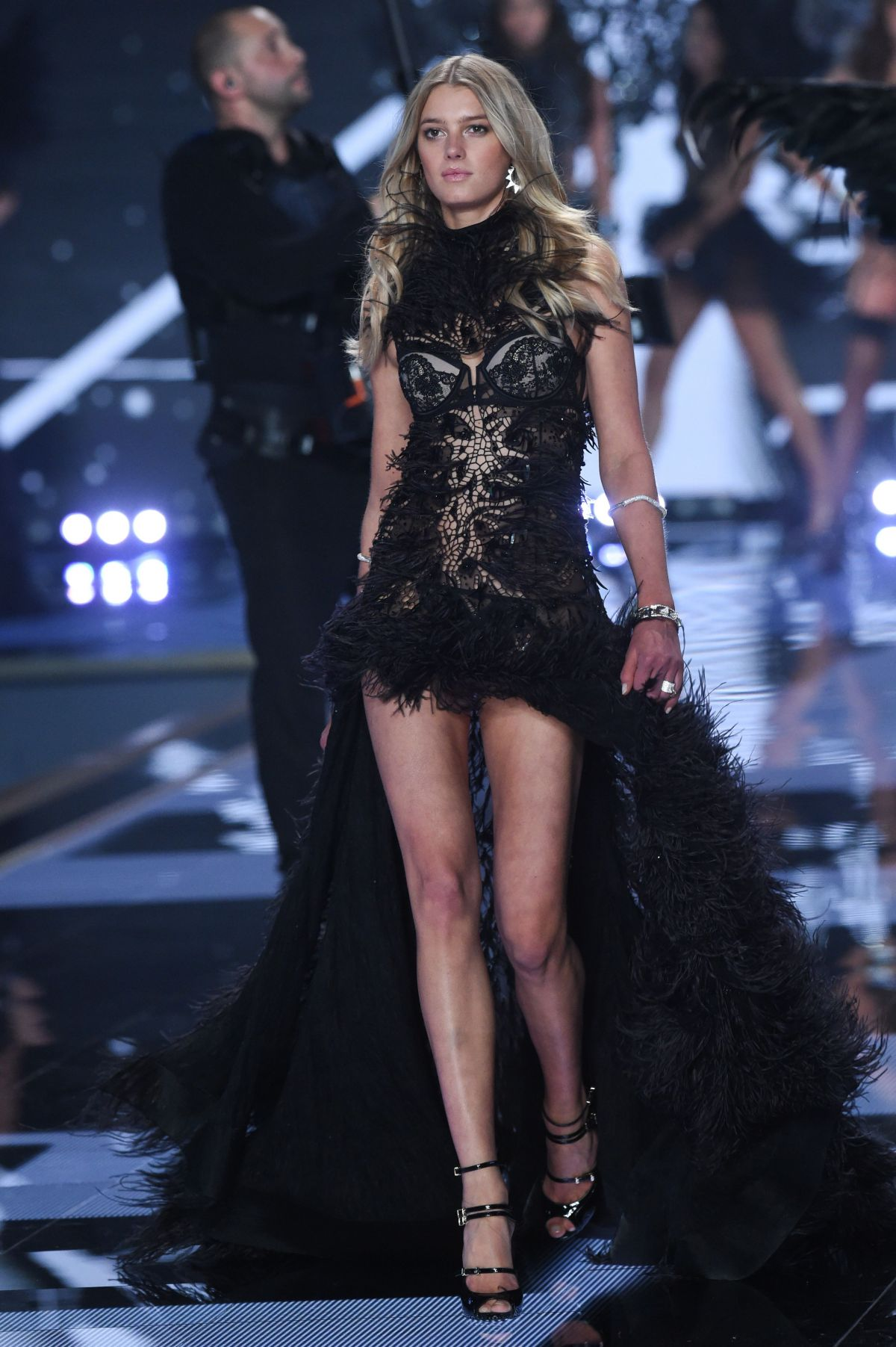 Victoria secret london fashion show tickets 49