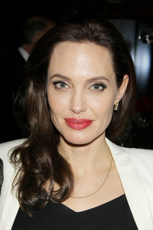 News Angelina Jolie