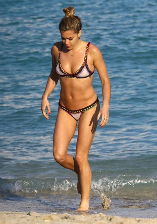CHELSEA LEYLAND in Bikini