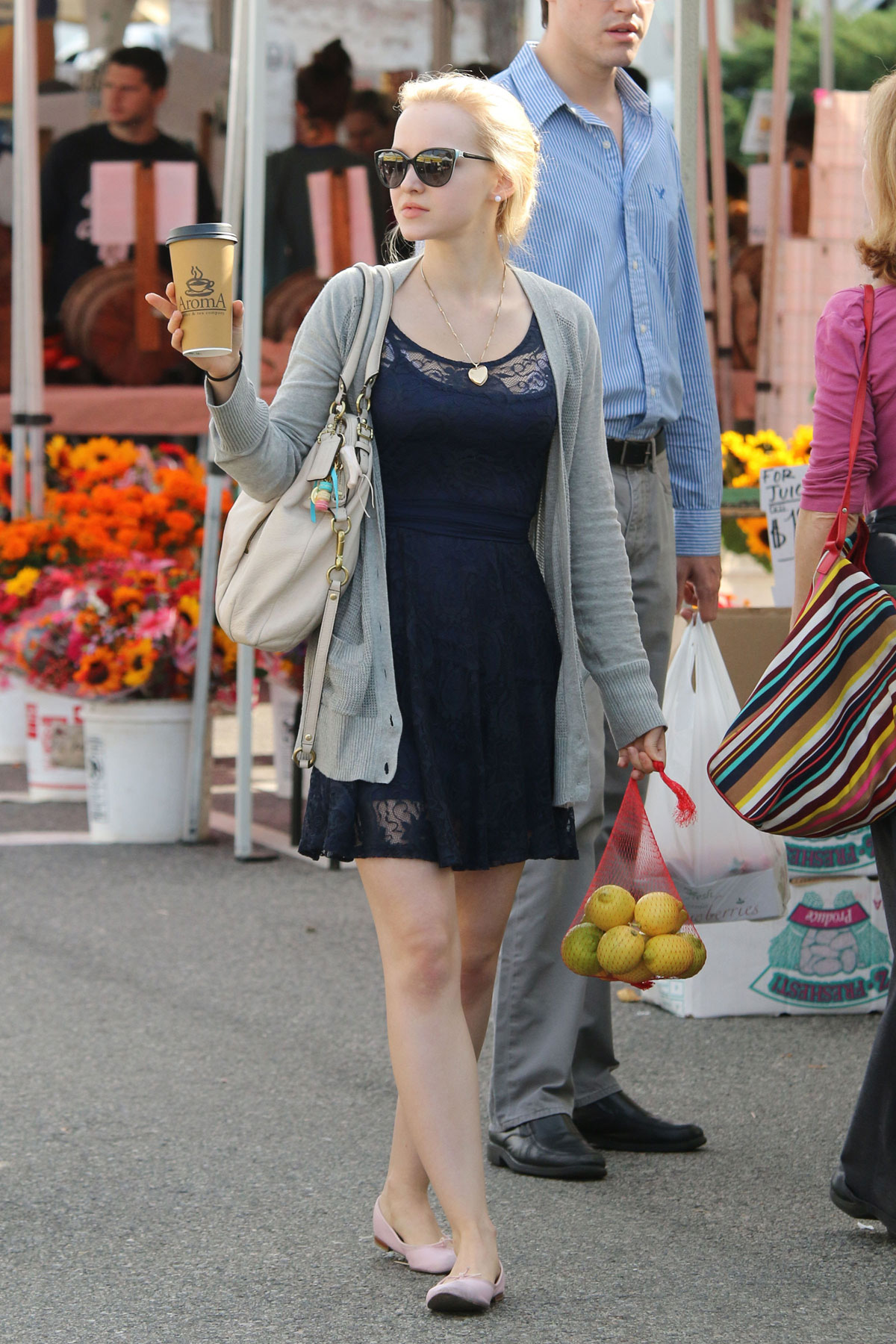 dove cameron shopping at farmer u2019s market in los angeles