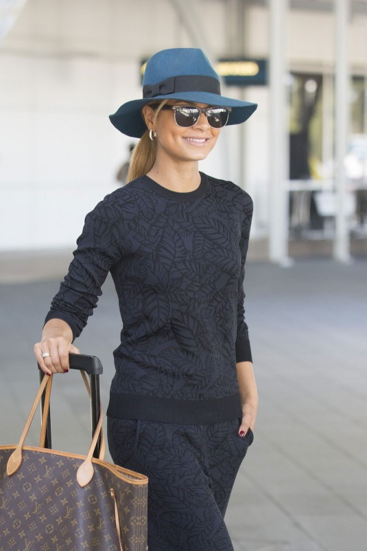 HAVANA BROWN Arrives in Sydney