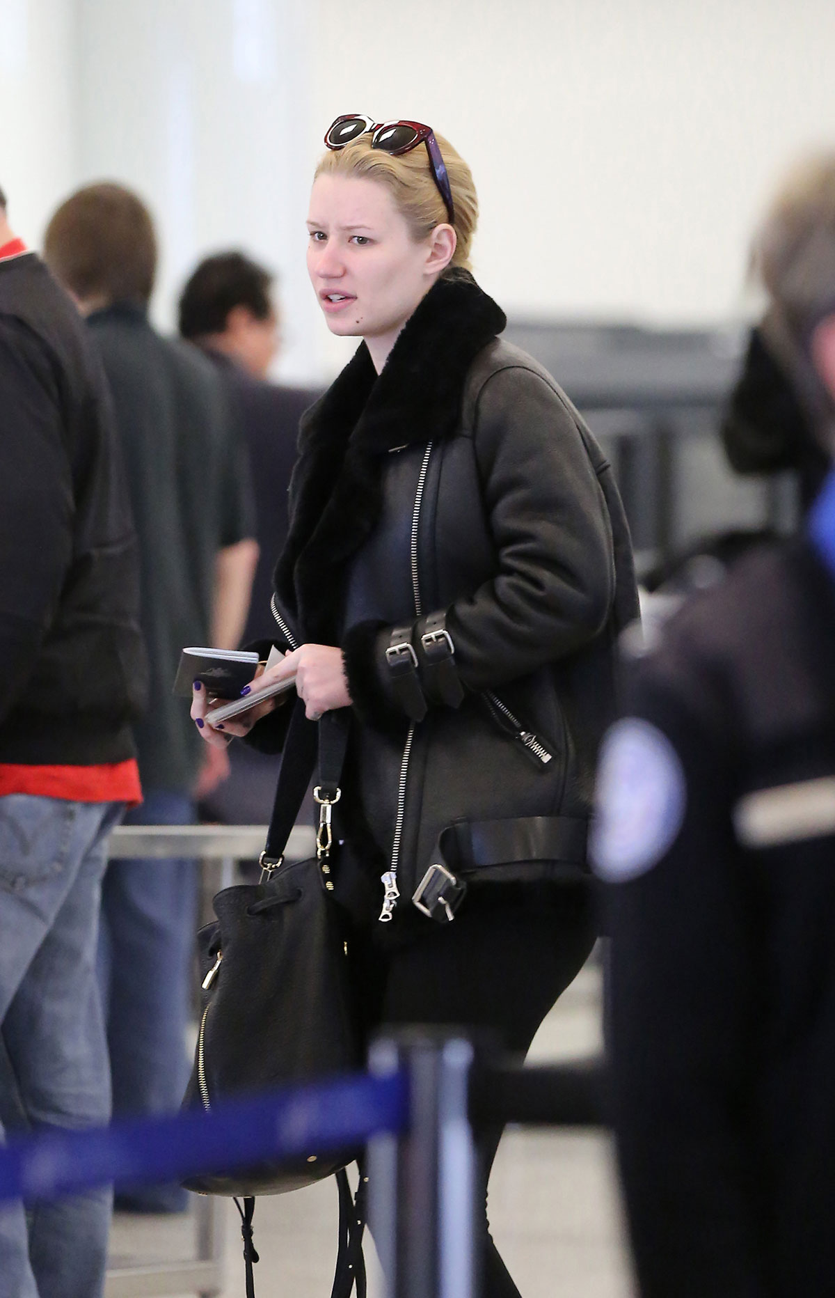 Iggy Azalea Without Makeup At Lax Airport In Los Angeles