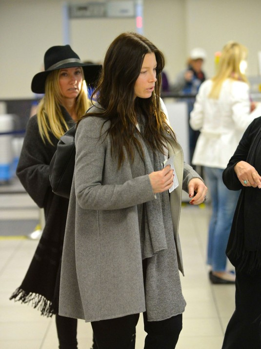 JESSICA BIEL at Los Angeles International Airport