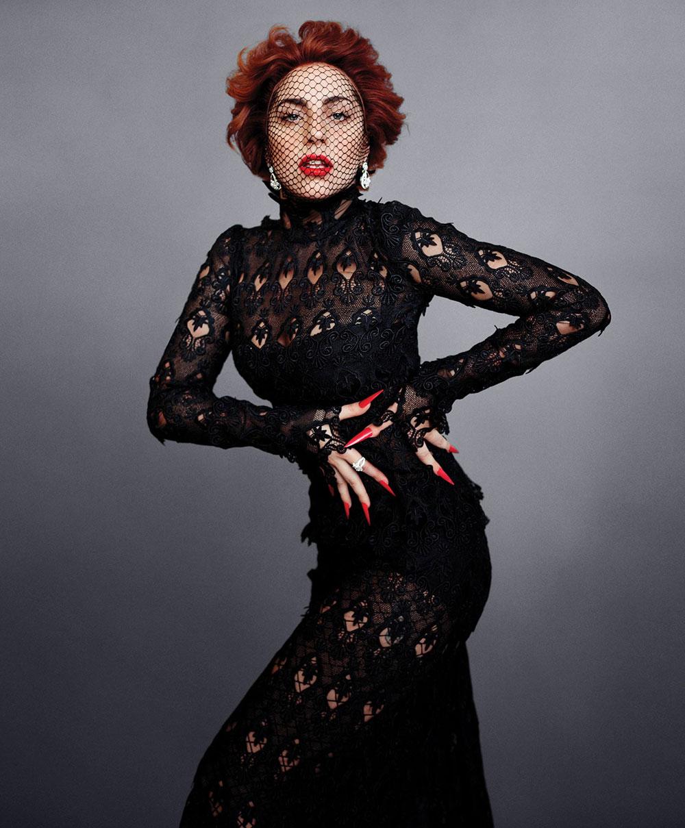 World Photography: Lady GaGa Covers Harpers Bazaar