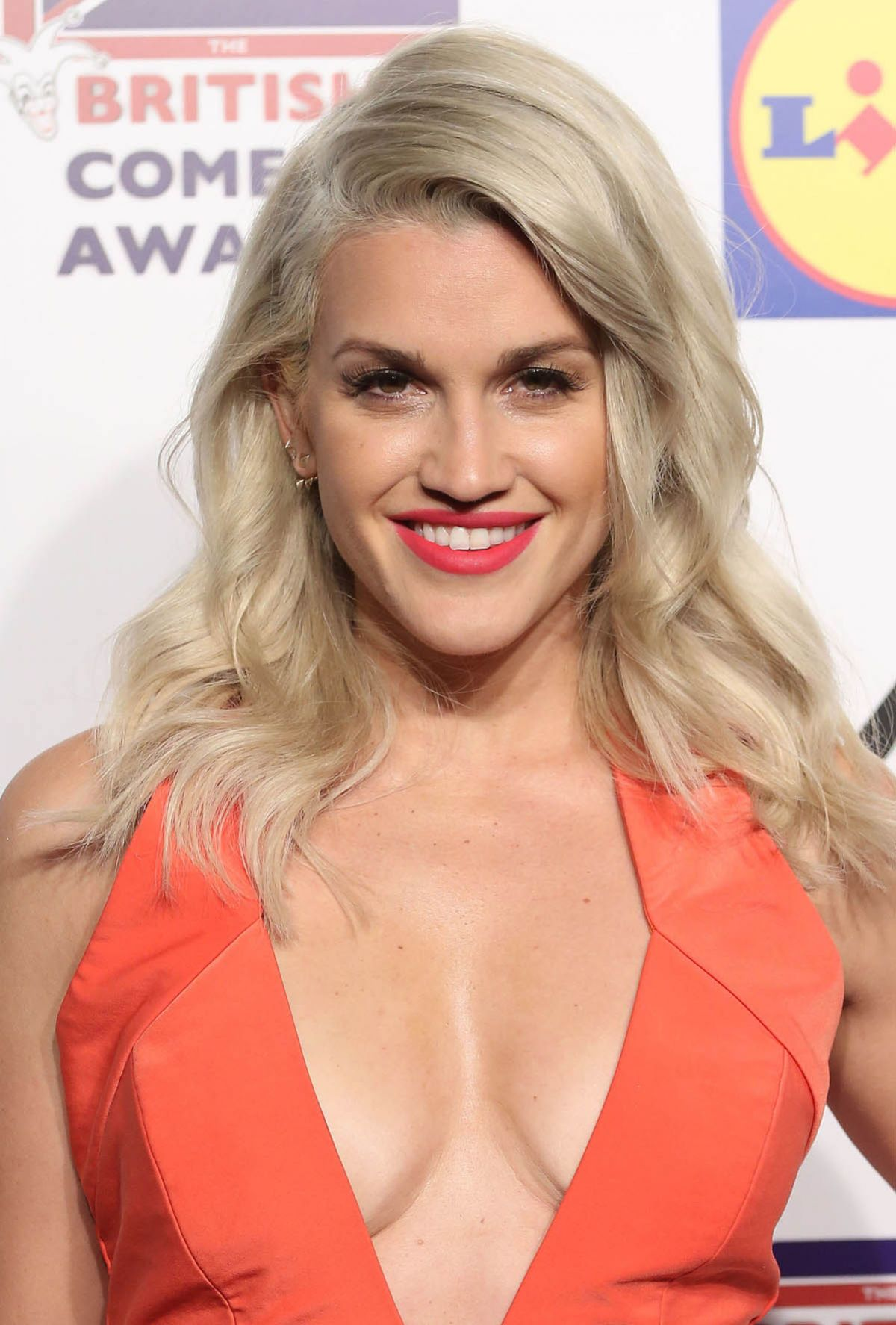 Ashley Roberts Ashley Roberts Archives Page 2 of 4 HawtCelebs