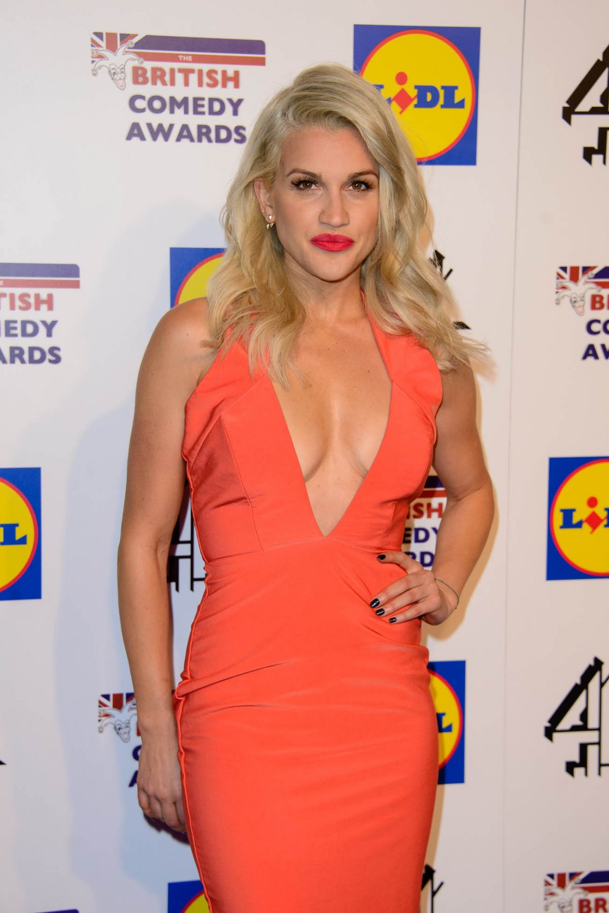 Ashley Roberts Nude Photos 33