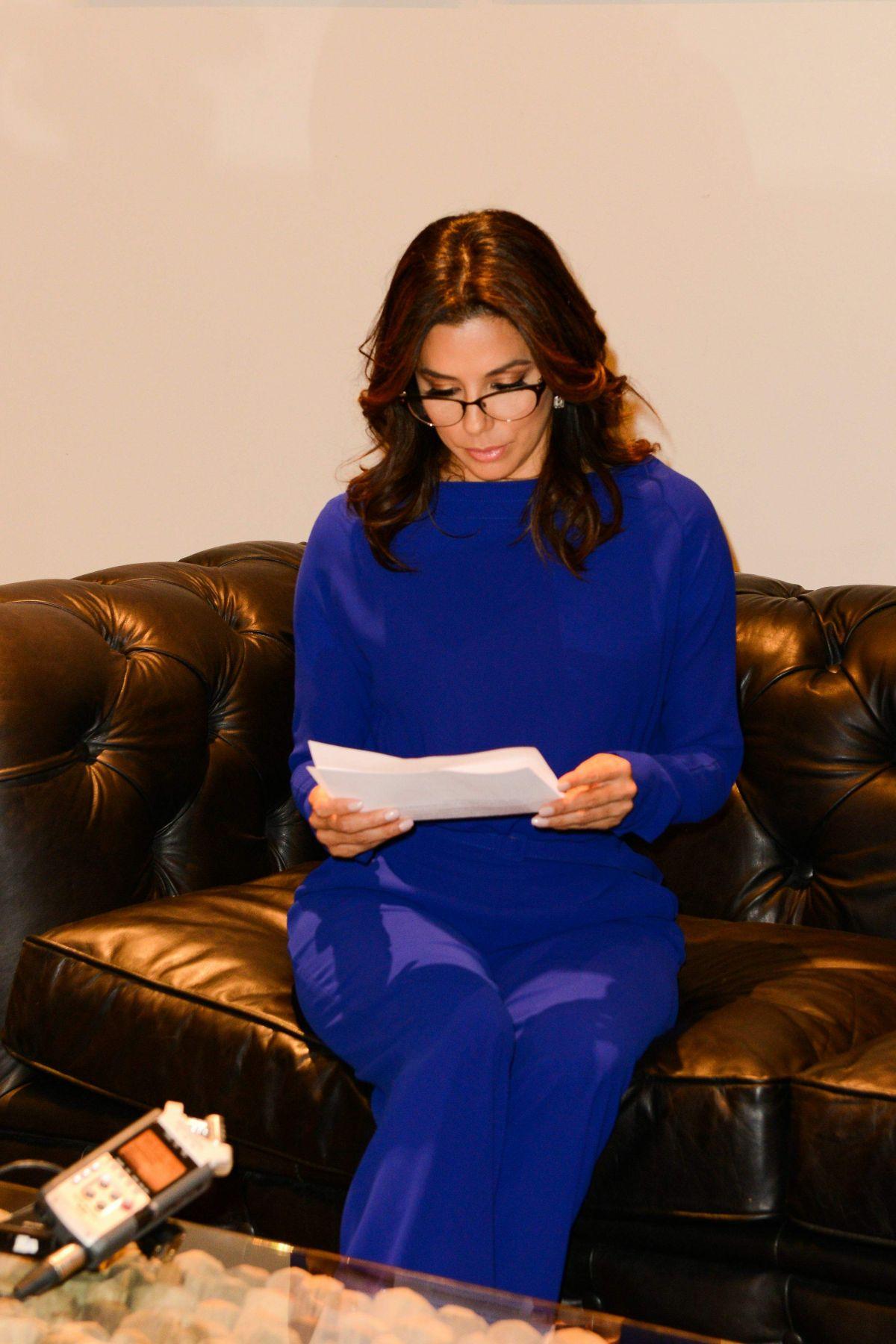 Eva Longoria At Marina Interiors Furniture Store In Dubai Hawtcelebs