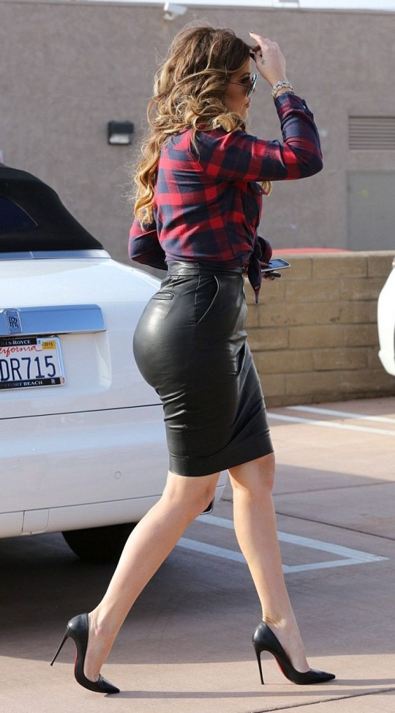 KHLOE KARDASHIAN in Tight Leather Skirt out for Car Shopping in ...