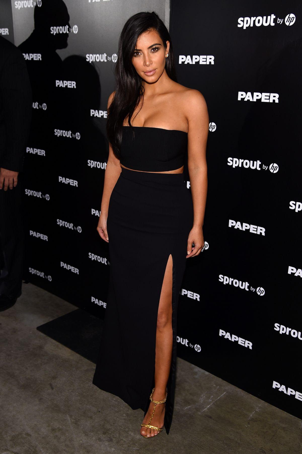 Kim kardashian 224 miami le 12 mars 2014 pour l inauguration d une