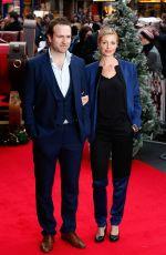 LIZE DU TOIT at Get Santa Premiere on London