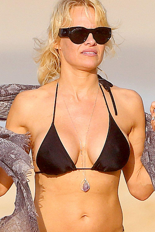 Bikini Pamela Anderson nudes (95 foto and video), Tits, Paparazzi, Boobs, butt 2006