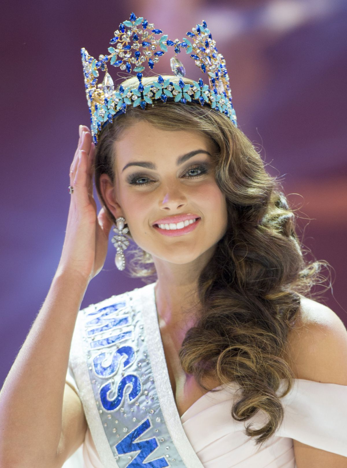 ROLENE STRUASS Crowned Miss World 2014 at the Ceremony in London