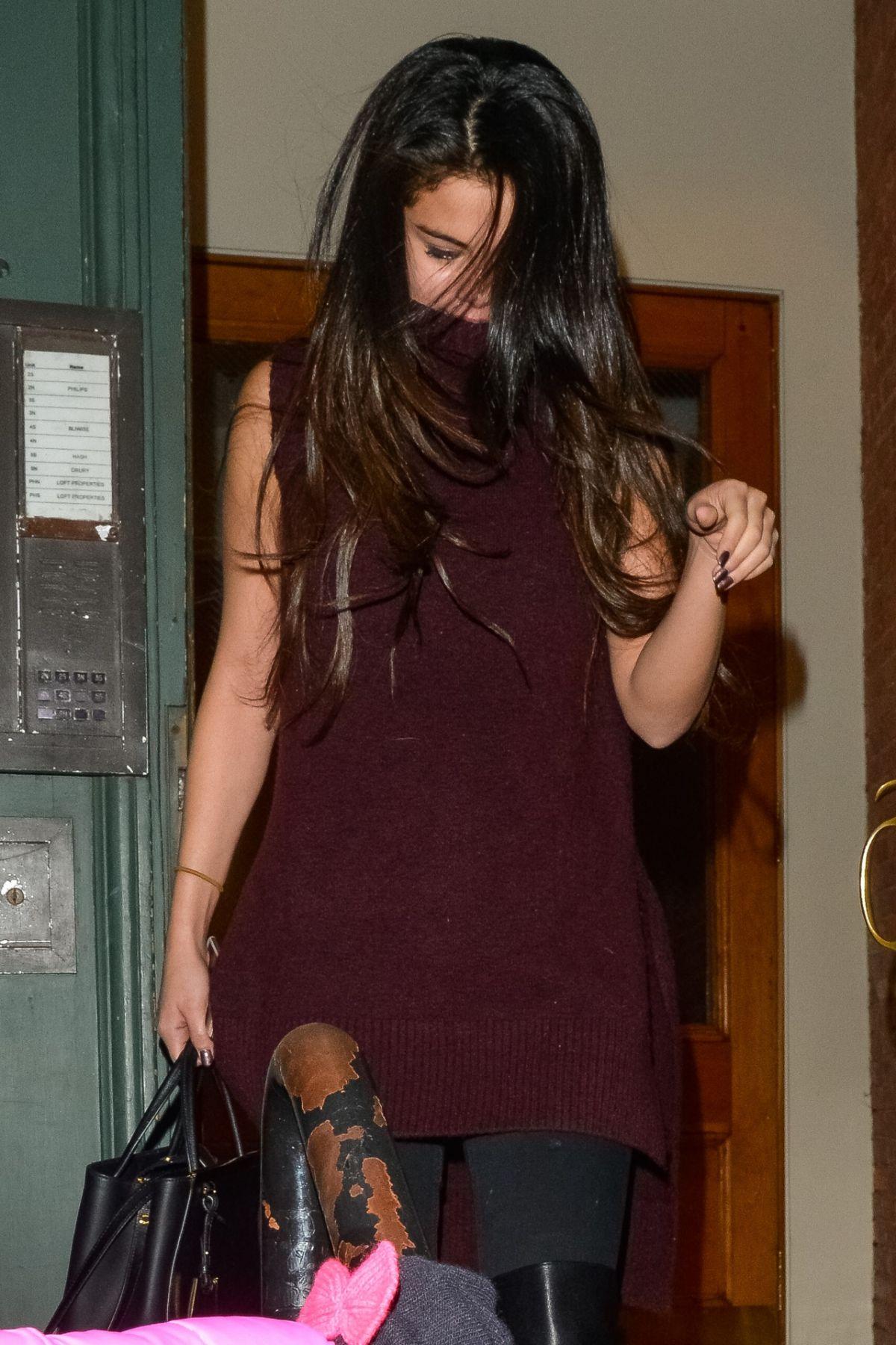 SELENA GOMEZ Leaves Taylor Swift