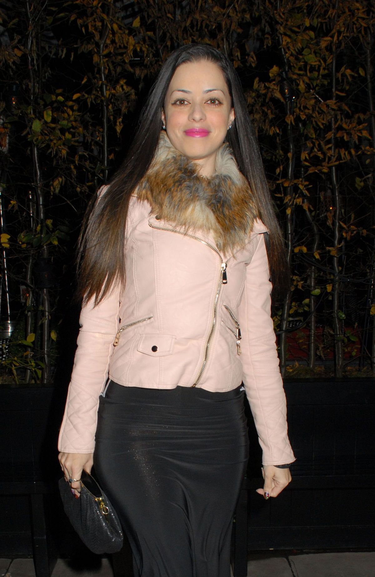 TINA BARRETT Arrives at Chiltern Firehouse