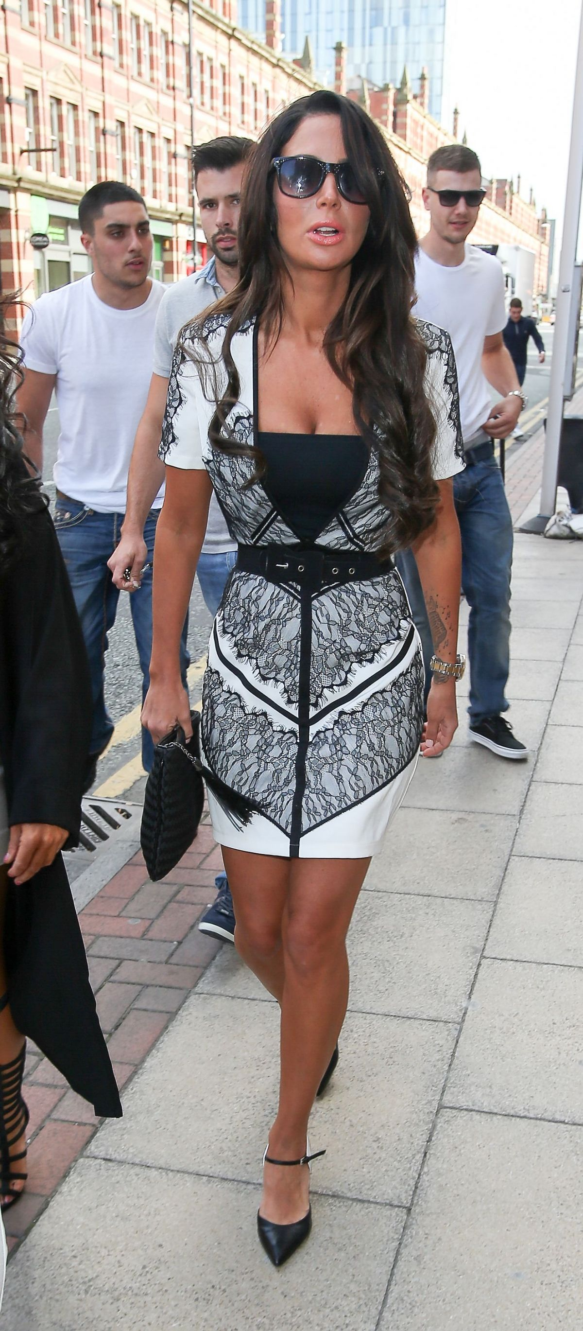 TULISA CONTOSTAVLOS Out and About im Manchester 2911