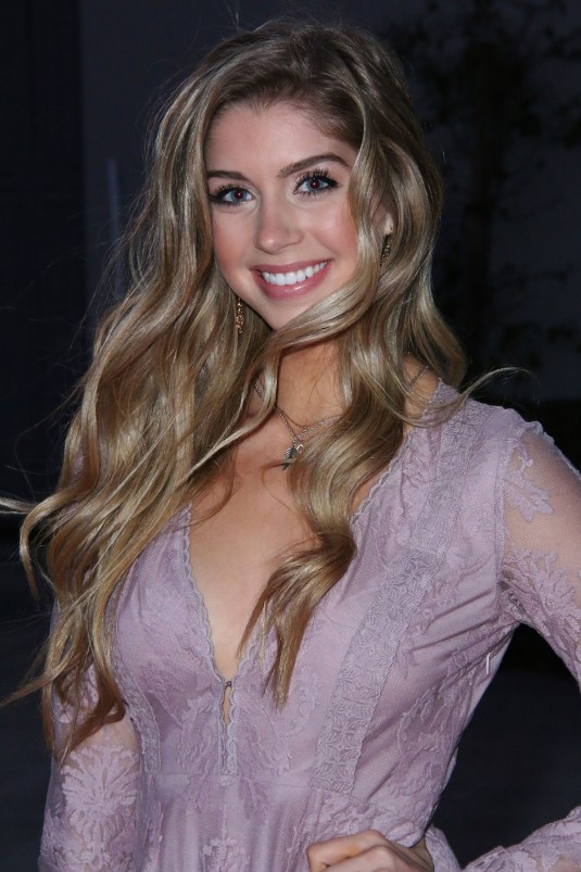 ALLIE DEBERRY at at Hoovey Premiere