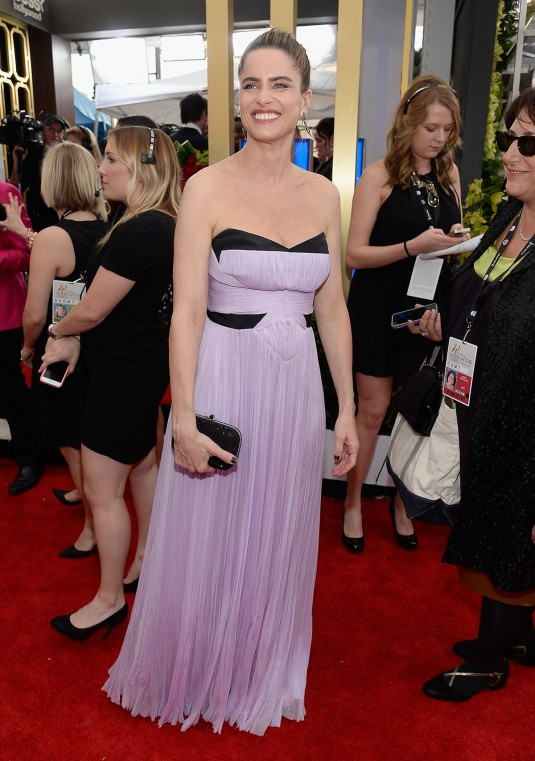 AMANDA PEET at 2015 SAG Awards