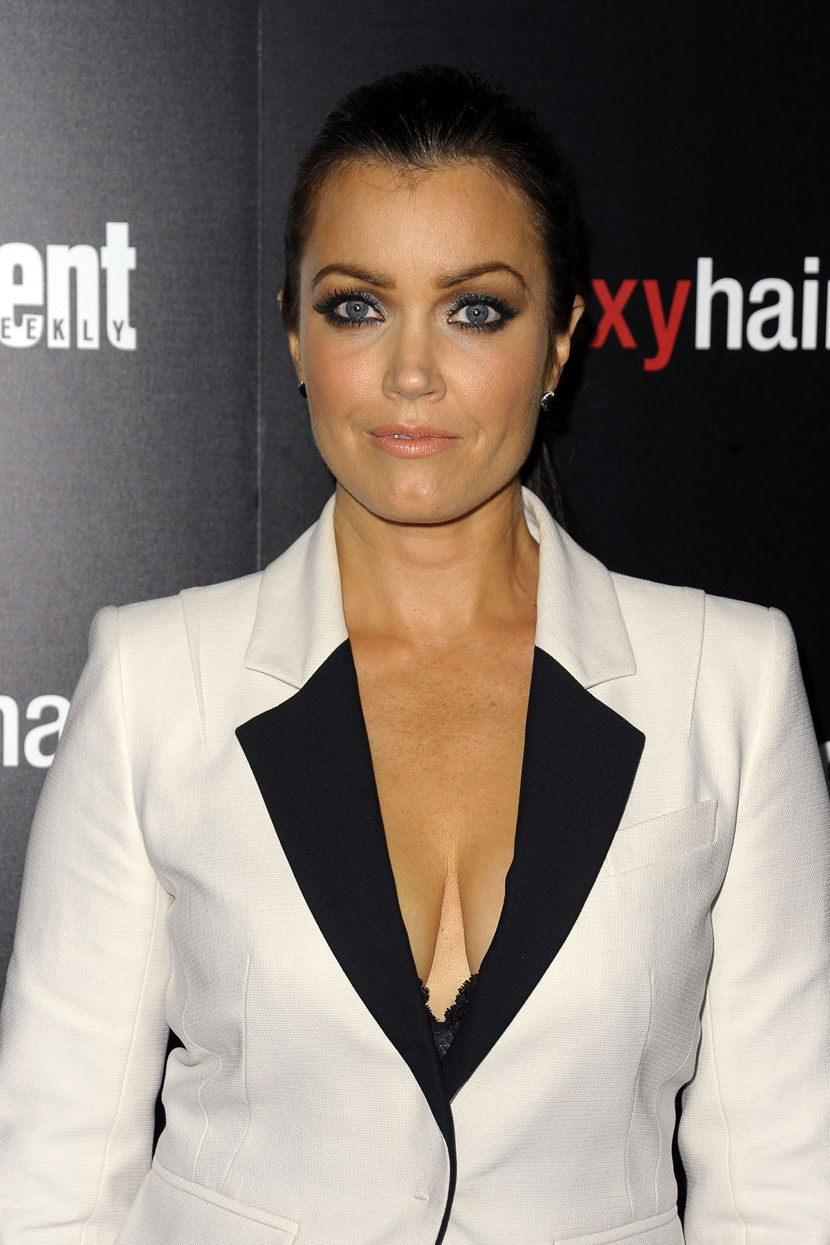 bellamy young fan site