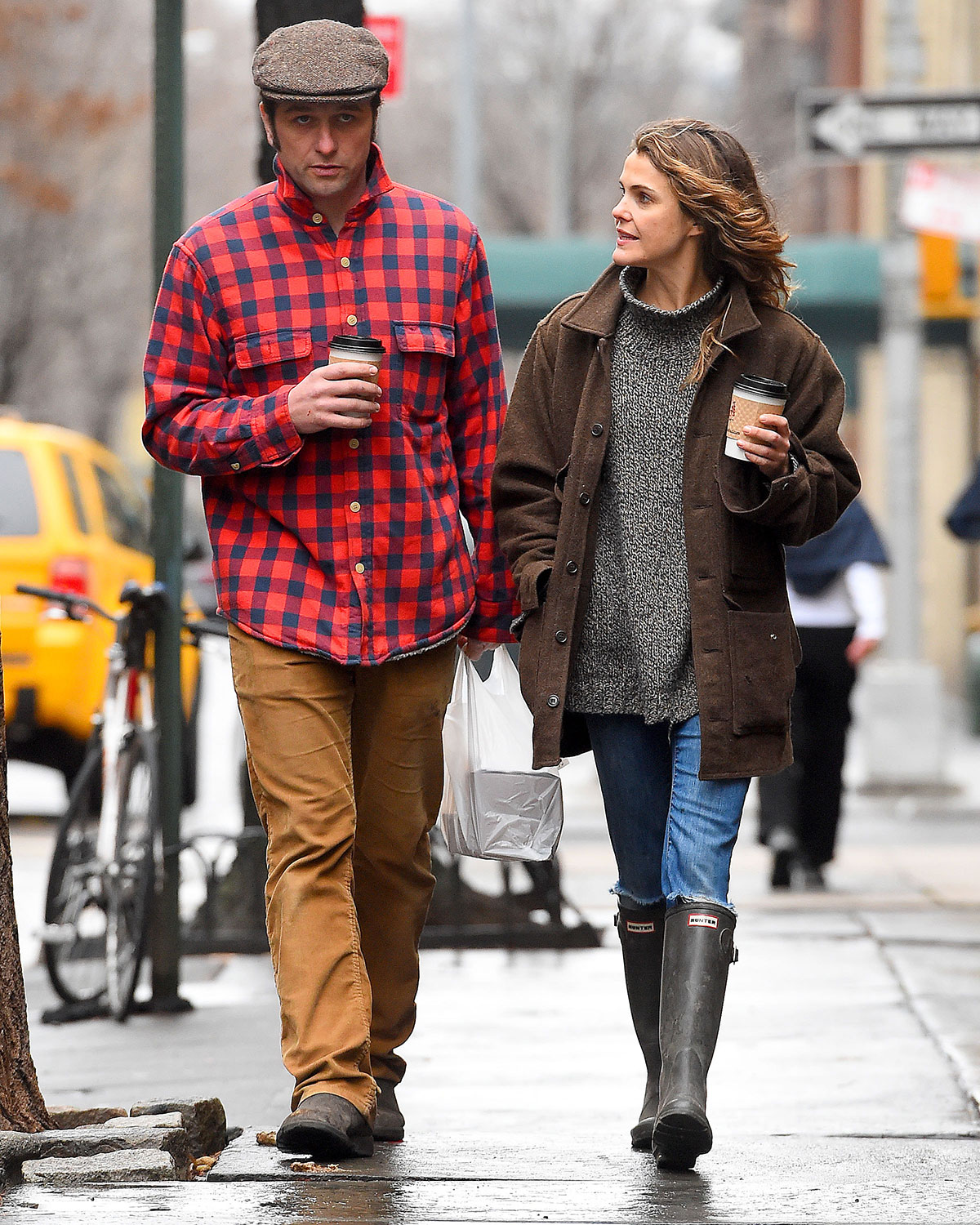 KERI RUSSELL and Matthew Rhys Out and About in Brooklyn ...