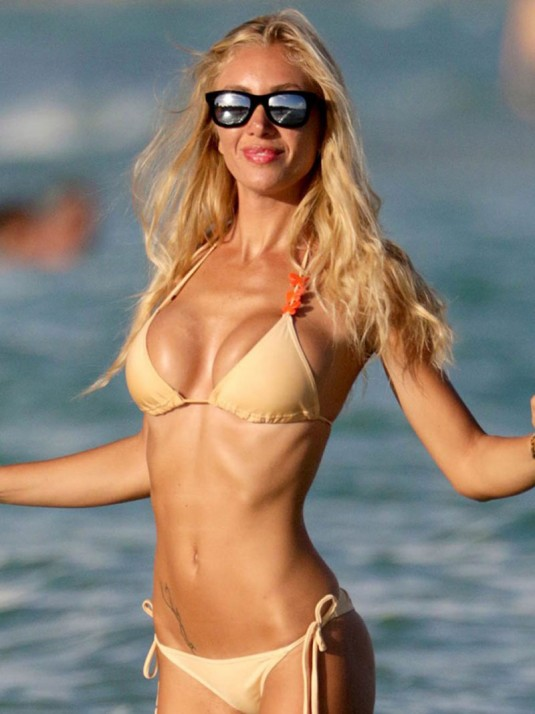 LAURA CREMASCHI in Bikini