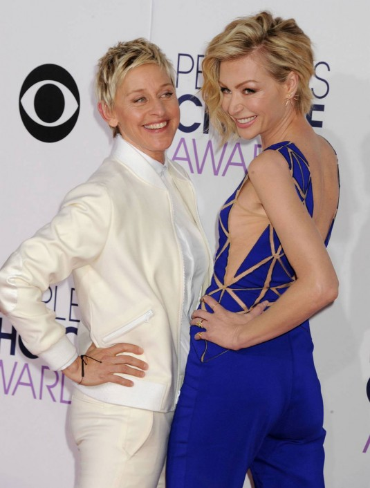 PORTIA DE ROSSI and ELLEN DEGENERS at People's Choice Awards