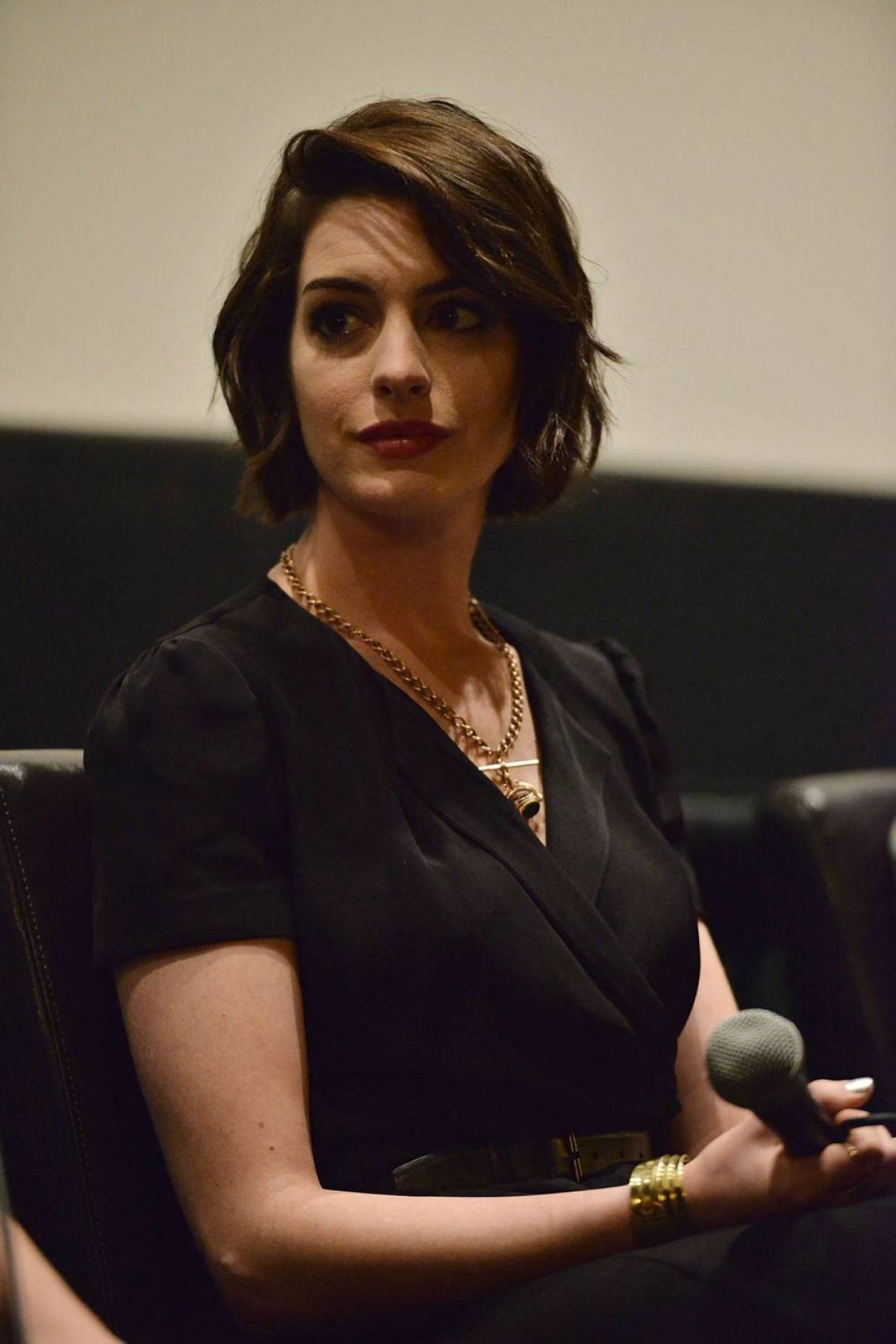 ANNE HATHAWAY at Indie Focus Screening Series Song One - HawtCelebs ...