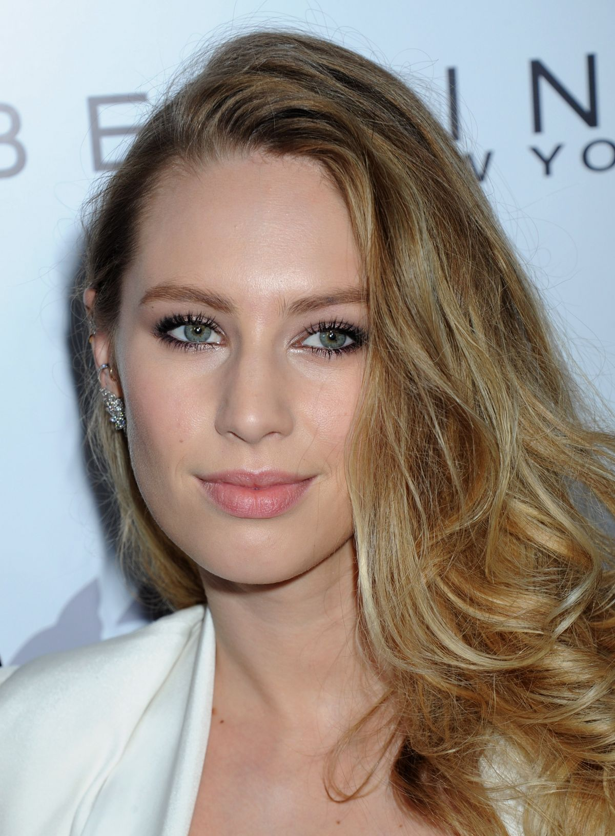 dylan penn at daily front row fashion los angeles awards
