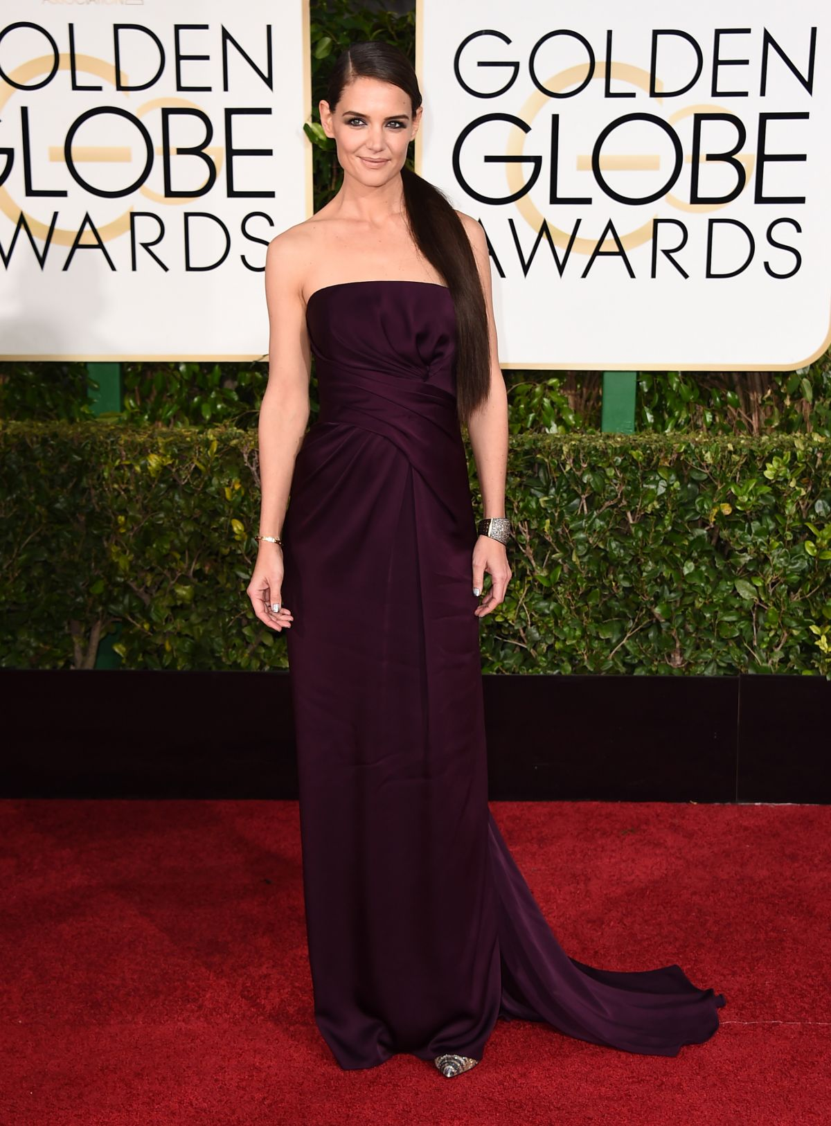 KATIE HOLMES at 2015 Golden Globe Awards in Beverly Hills
