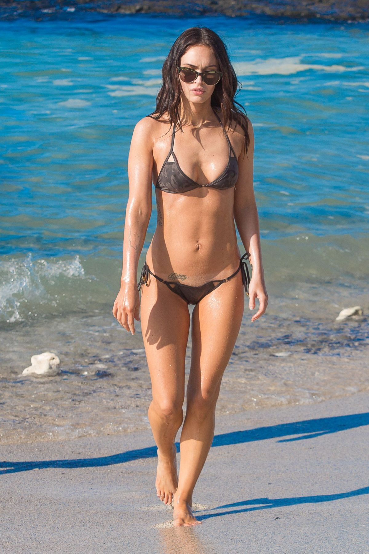 Megan fox bikini nude pictures at