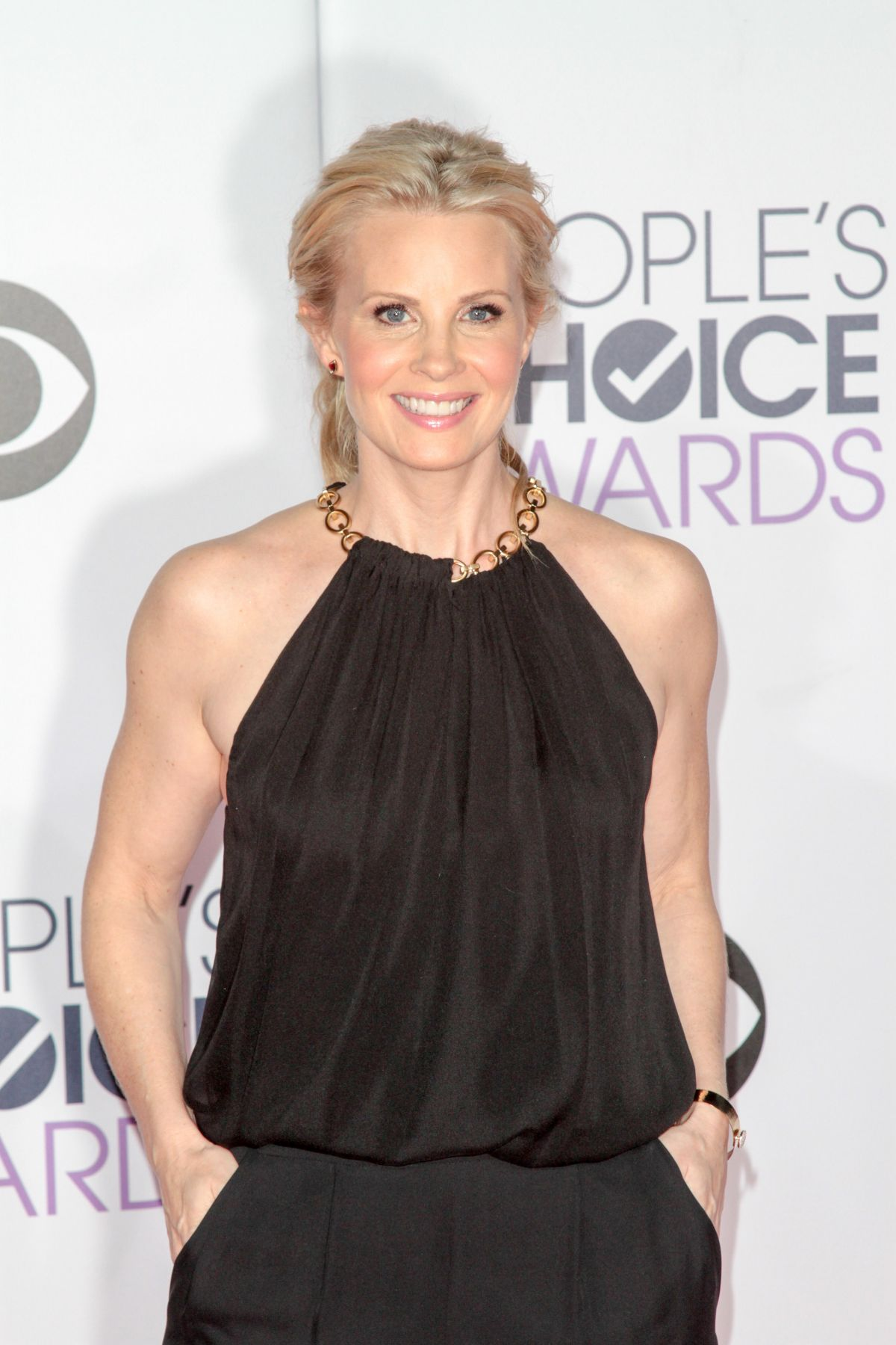 MONICA POTTER at 2015 People's Choice Awards in Los Angeles