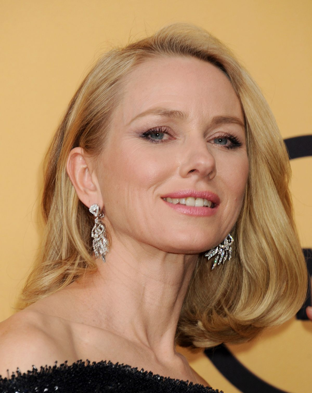 NAOMI WATTS at 2015 Screen Actor Guild Awards in Los Angeles ... Naomi Watts