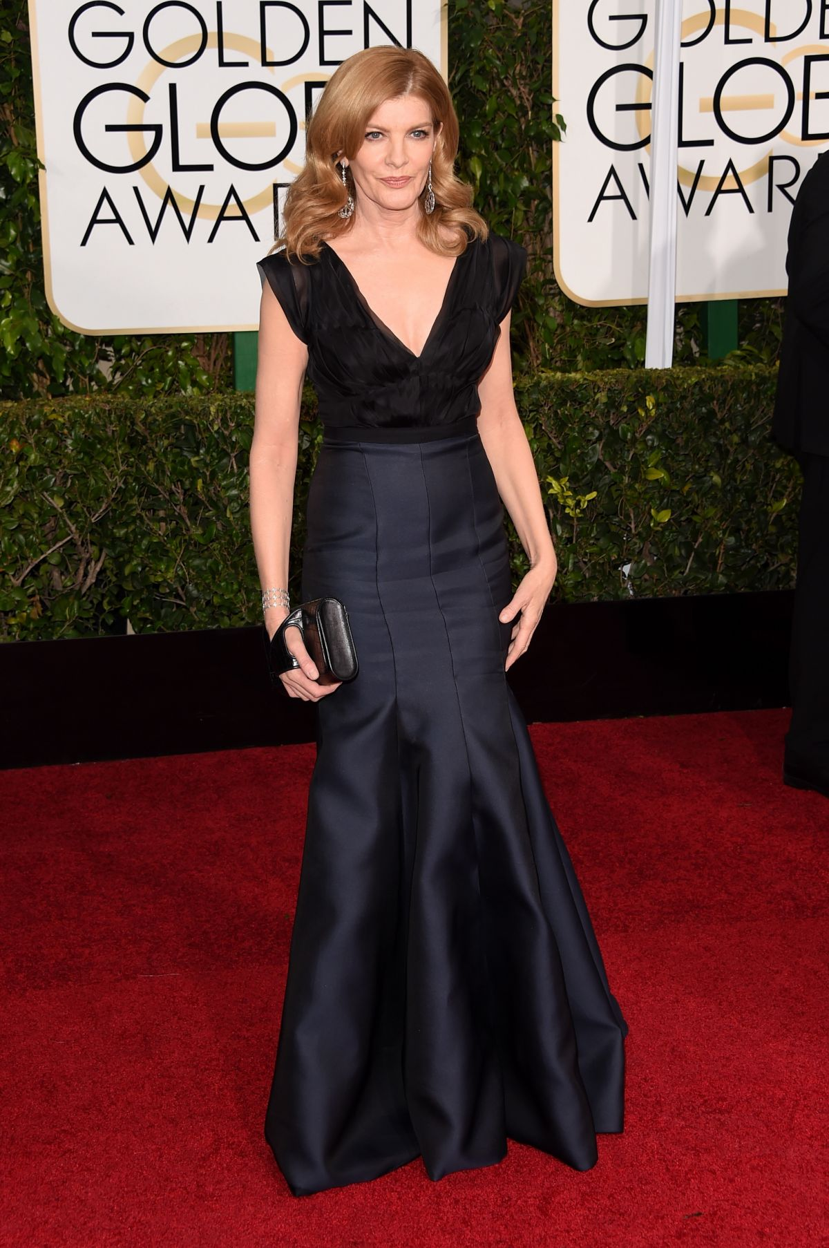 RENE RUSSO at 2015 Golden Globe Awards in Beverly Hills