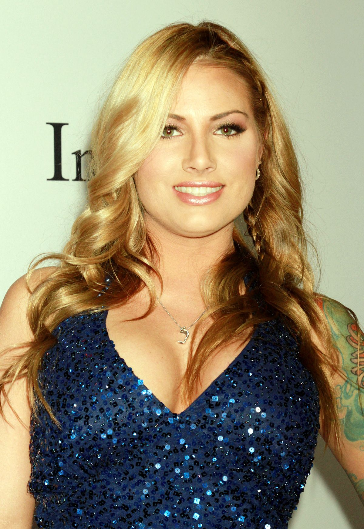 TEAGAN PRESLEY at 2015 AVN Awards in Las Vegas